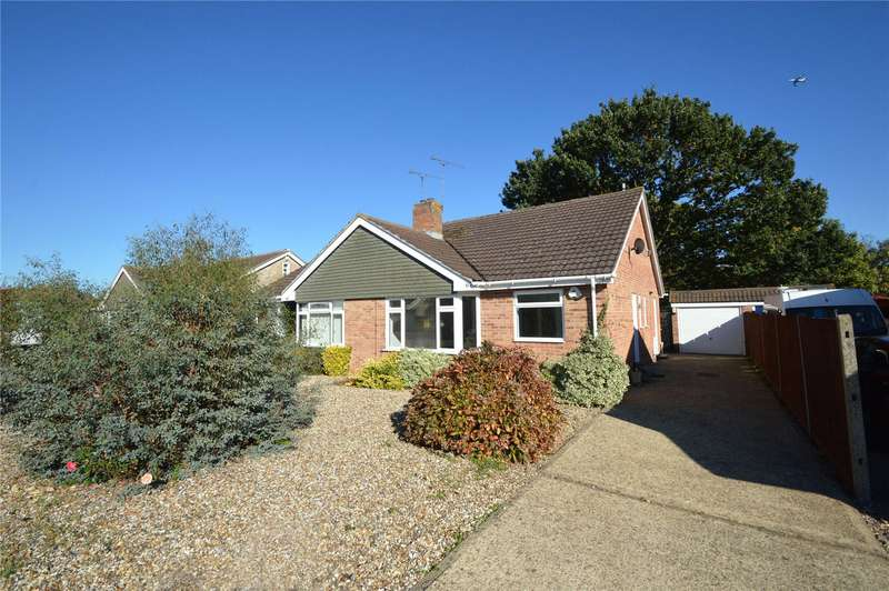 2 Bedrooms Semi Detached Bungalow for sale in Hungerford Drive, Maidenhead, Berkshire, SL6