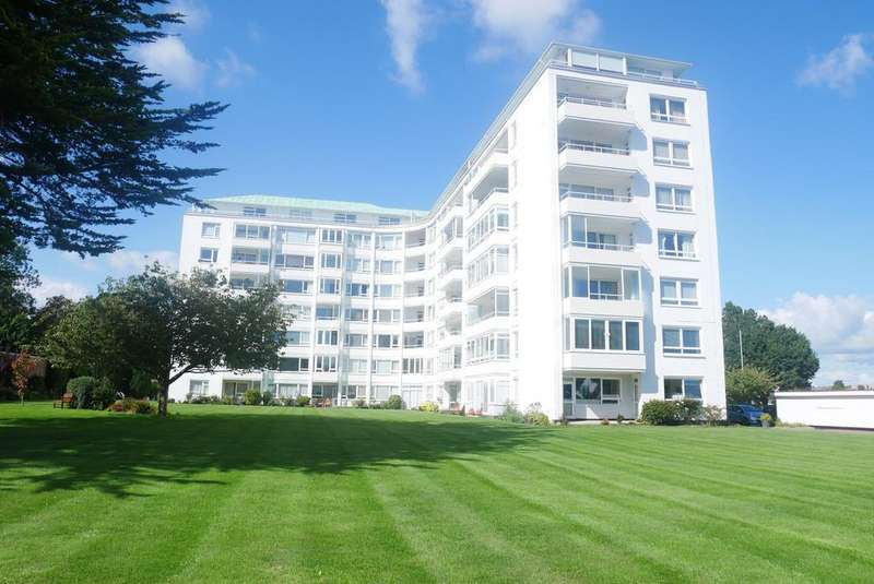 3 Bedrooms Apartment Flat for sale in Compton Place Road, Eastbourne, East Sussex, BN21