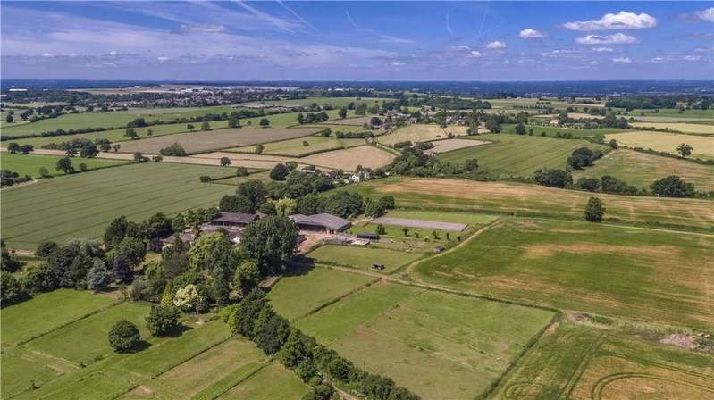 4 Bedrooms Farm House Character Property for sale in Greenway, Tockenham, Swindon, Wiltshire, SN4