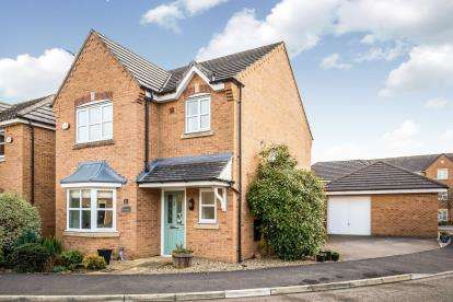 3 Bedrooms Detached House for sale in Tai Maes, Mold, Flintshire, ., CH7