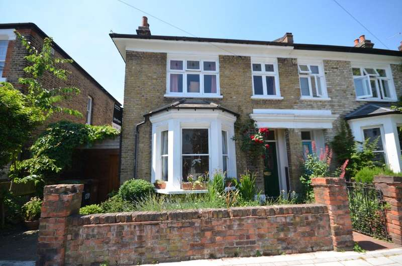 4 Bedrooms Semi Detached House for sale in Manor Lane Lee SE12
