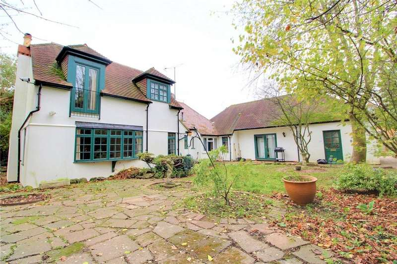 5 Bedrooms Detached House for sale in Southcote Lane, Reading, Berkshire, RG30