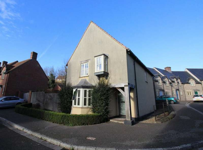 4 Bedrooms Detached House for sale in Bluebell Rise, Midsomer Norton, Radstock