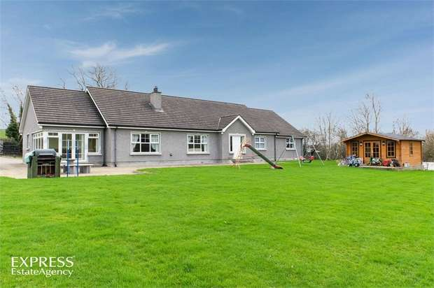4 Bedrooms Detached Bungalow for sale in Terryhoogan Road, Scarva, Craigavon, County Armagh