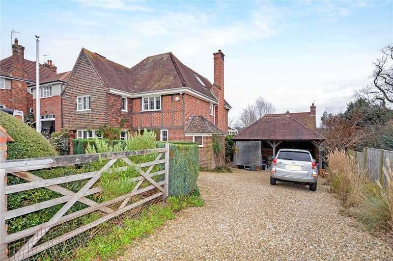 5 Bedrooms Detached House for sale in West Park, Yeovil, Somerset, BA20