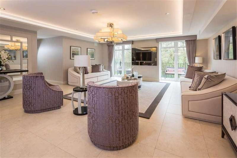 3 Bedrooms Apartment Flat for sale in Royal Connaught Park, Marlborough Drive, Bushey, Hertfordshire