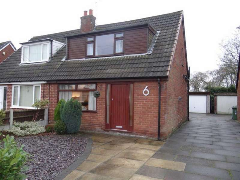 2 Bedrooms Semi Detached House for sale in Silsden Avenue, Lowton