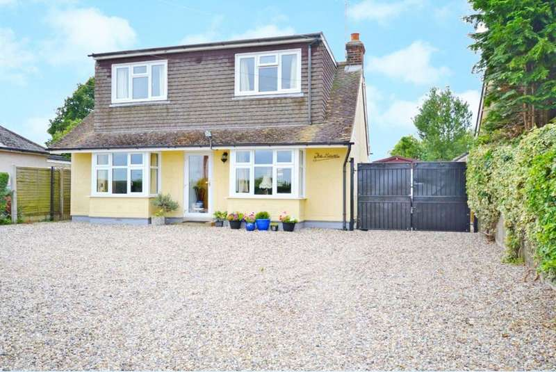 3 Bedrooms Detached House for sale in Vicarage Road, Roxwell, Chelmsford, Essex, CM1