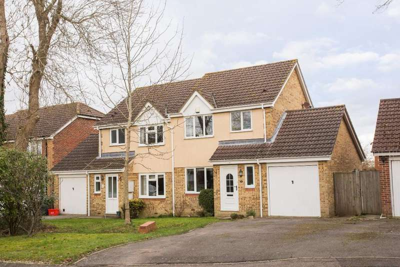 3 Bedrooms Semi Detached House for sale in Millers Rise, Hailsham, East Sussex, BN27 3XE