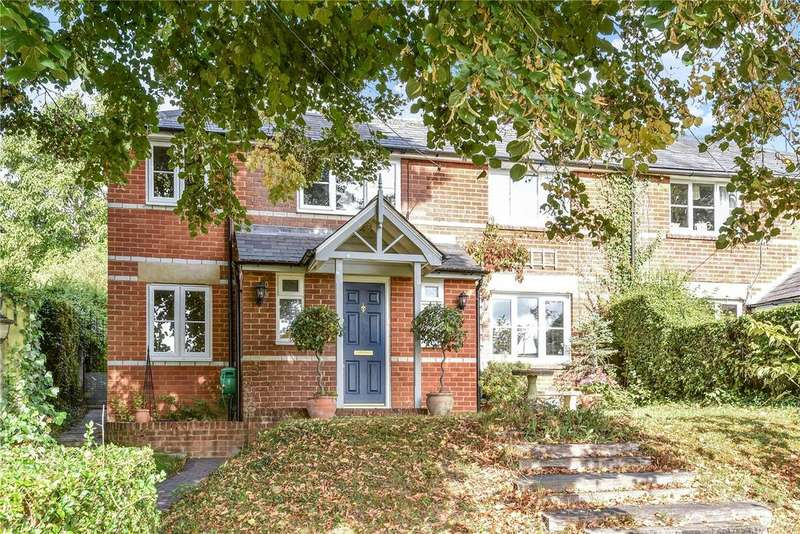 3 Bedrooms Semi Detached House for sale in Southlea, Cliddesden, BASINGSTOKE, Hampshire, RG25