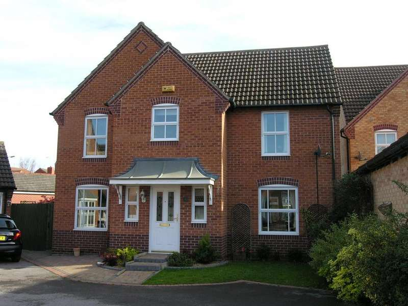 4 Bedrooms Detached House for sale in Wye Close, Hilton, Derby
