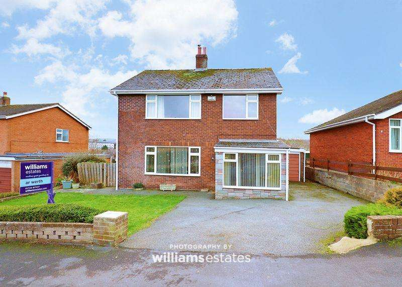 4 Bedrooms Detached House for sale in Accar Y Forwyn, Denbigh