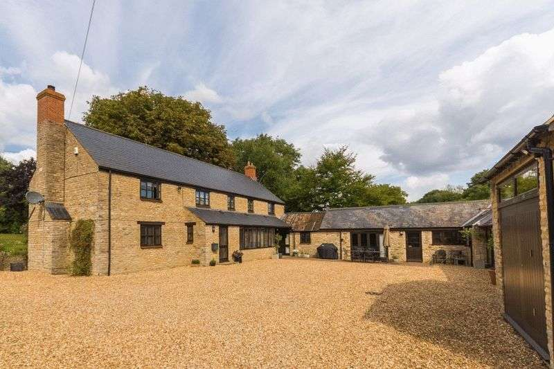 4 Bedrooms Property for sale in North Street, Fritwell