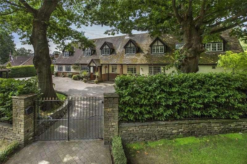 5 Bedrooms Detached House for sale in Bakeham Lane, Englefield Green, Egham, Surrey, TW20