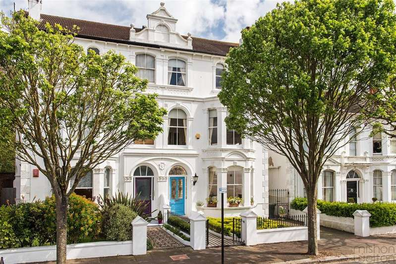 6 Bedrooms Semi Detached House for sale in Westbourne Villas, Hove