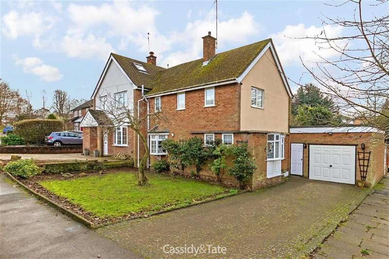 3 Bedrooms Semi Detached House for sale in Bishops Close, St Albans, Hertfordshire