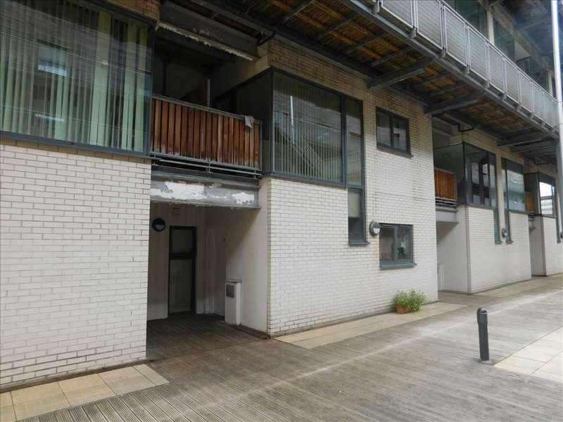 3 Bedrooms Apartment Flat for sale in Life Building, 99 Greenheys Lane, Manchester