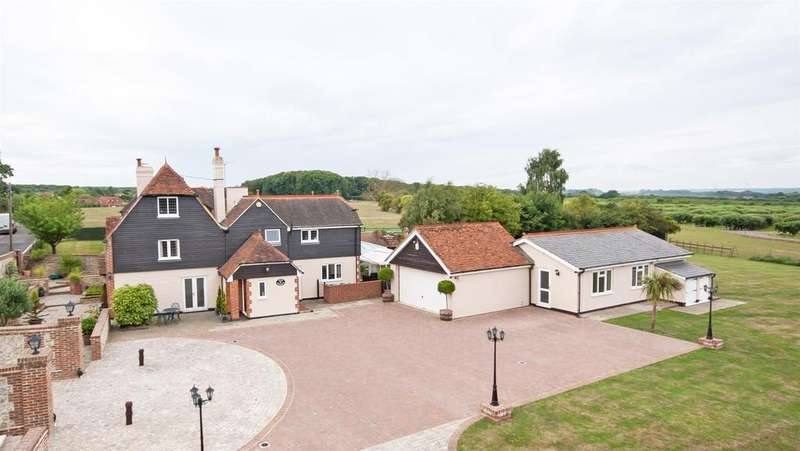 6 Bedrooms Detached House for sale in Dean Street, East Farleigh, Maidstone