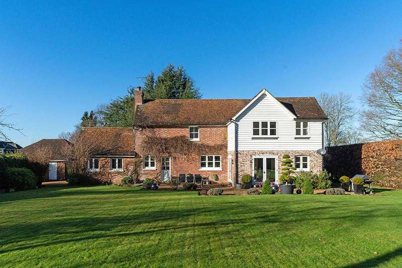 4 Bedrooms Detached House for sale in Station Road, Wadhurst, East Sussex, TN5
