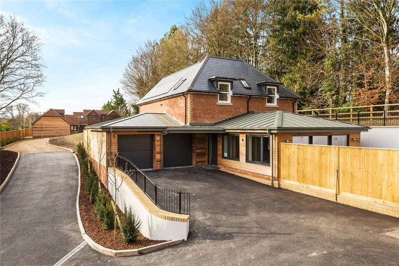4 Bedrooms Detached House for sale in Main Road, Itchen Abbas, Hampshire, SO21