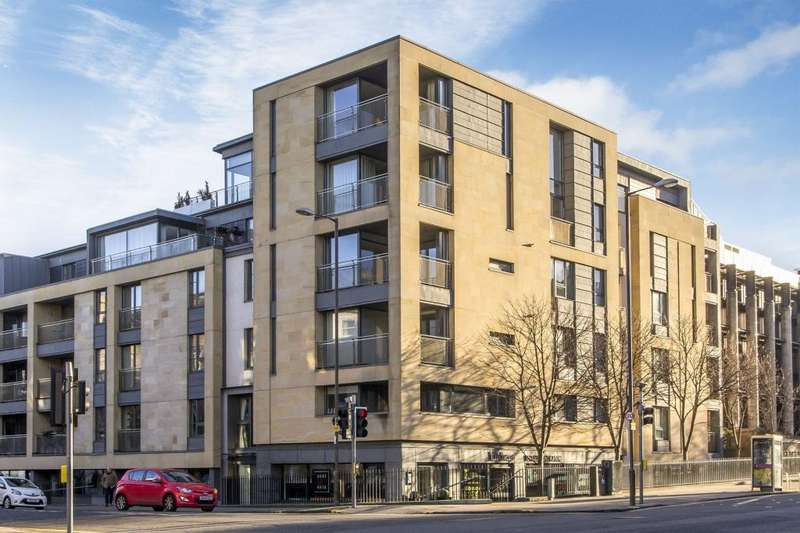 4 Bedrooms Penthouse Flat for sale in 2/11 Eyre Place, New Town, EH3 5EP