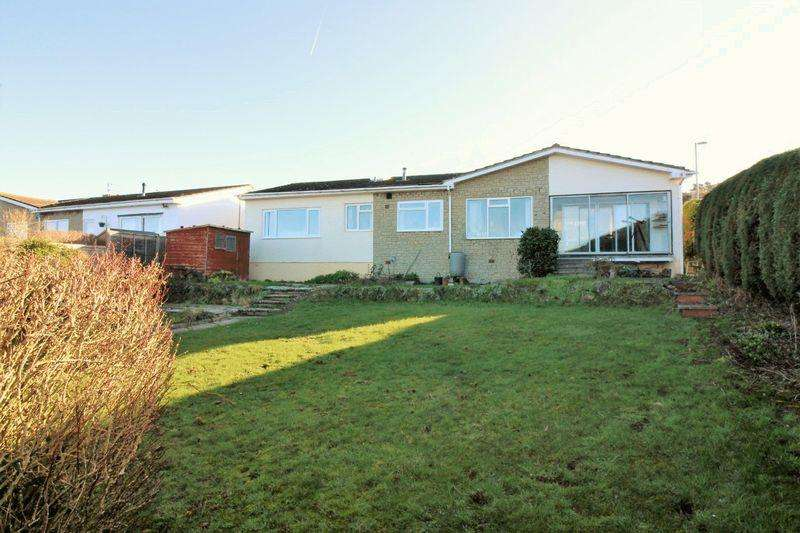 4 Bedrooms Detached Bungalow for sale in Waterside Park, Redcliffe Bay, Portishead