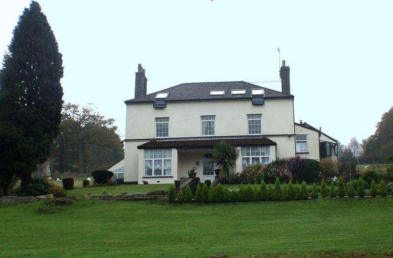 8 Bedrooms Detached House for sale in Varteg Road, Pontypool