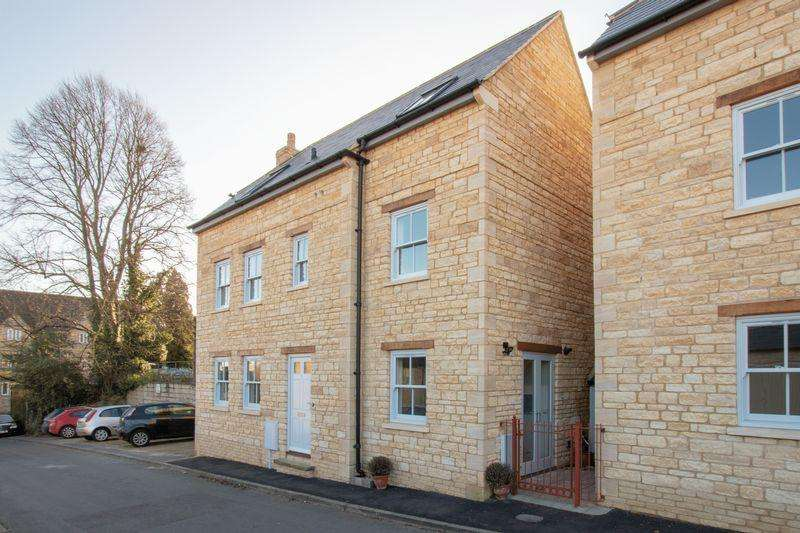 4 Bedrooms Detached House for sale in Rock Road, Stamford