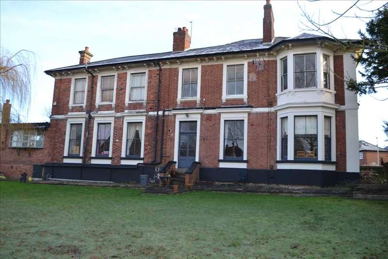 Detached House for sale in Riley Crescent, Penn, Wolverhampton