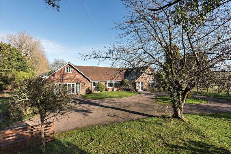 5 Bedrooms Bungalow for sale in Wangfield Lane, Curdridge, Southampton, Hampshire, SO32