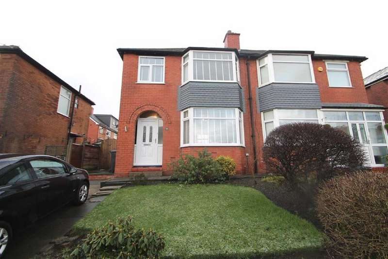 3 Bedrooms Semi Detached House for sale in Corrie Drive, Kearsley, Bolton
