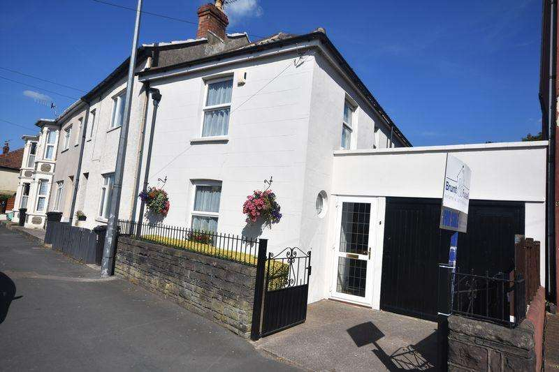 3 Bedrooms Detached House for sale in Soundwell Road, Soundwell
