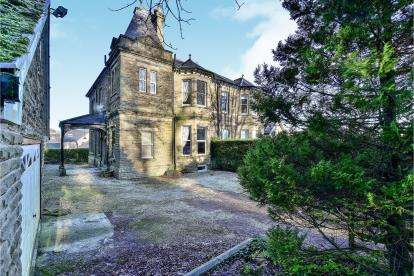 8 Bedrooms Semi Detached House for sale in St. Johns Road, Buxton, Derbyshire, High Peak