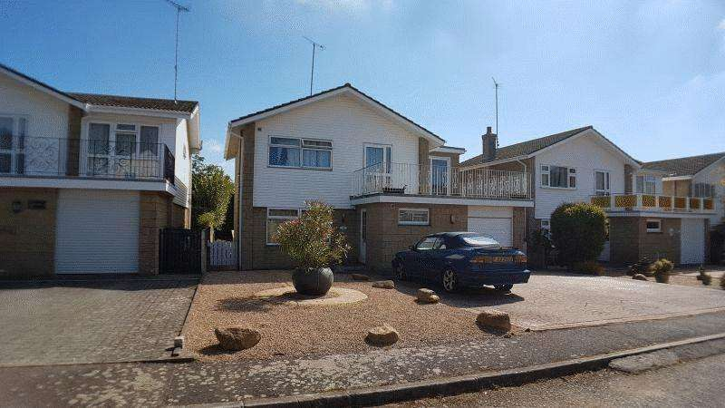 4 Bedrooms House for sale in Perfect Family Home