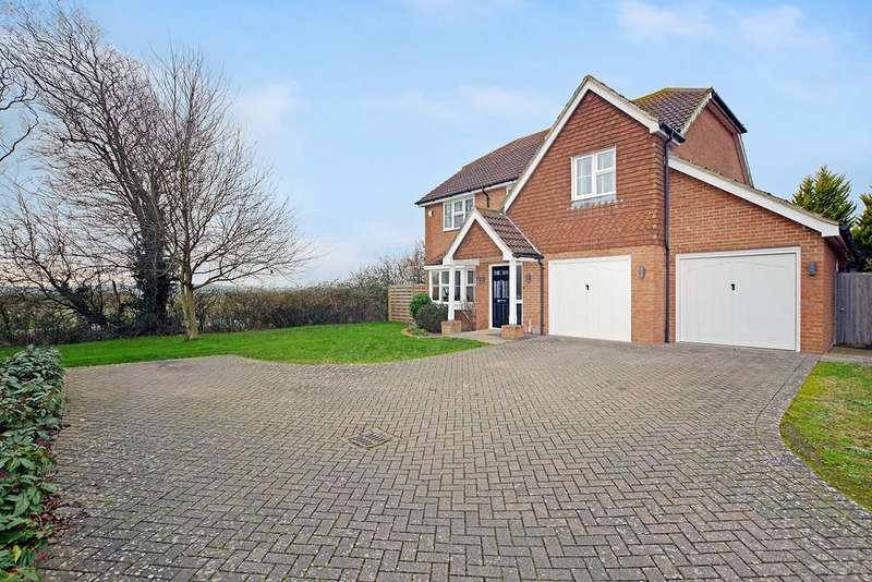 4 Bedrooms Detached House for sale in Barley Way, Ashford