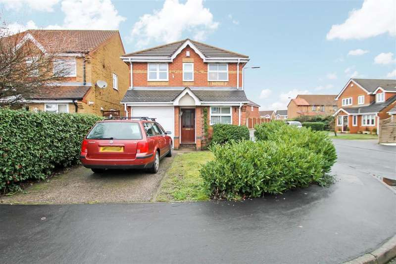 3 Bedrooms Detached House for sale in Rosemary Close, Clayhanger