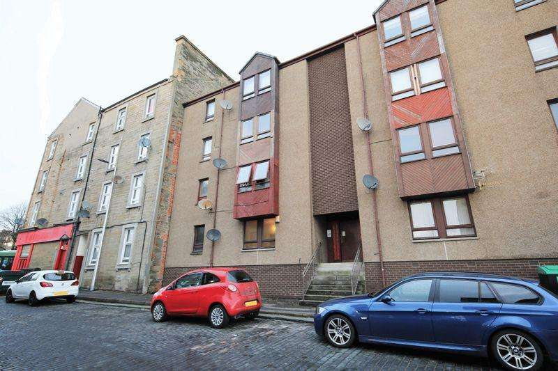 2 Bedrooms Flat for sale in Graham Place, Dundee