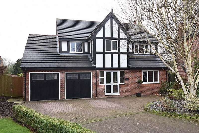 5 Bedrooms Detached House for sale in Kershaw Grove, Macclesfield.