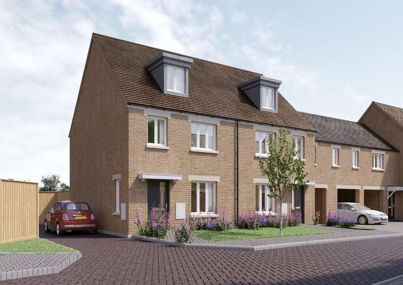 3 Bedrooms Town House for sale in Crick Road, Biggleswade, Beds SG18 8ND