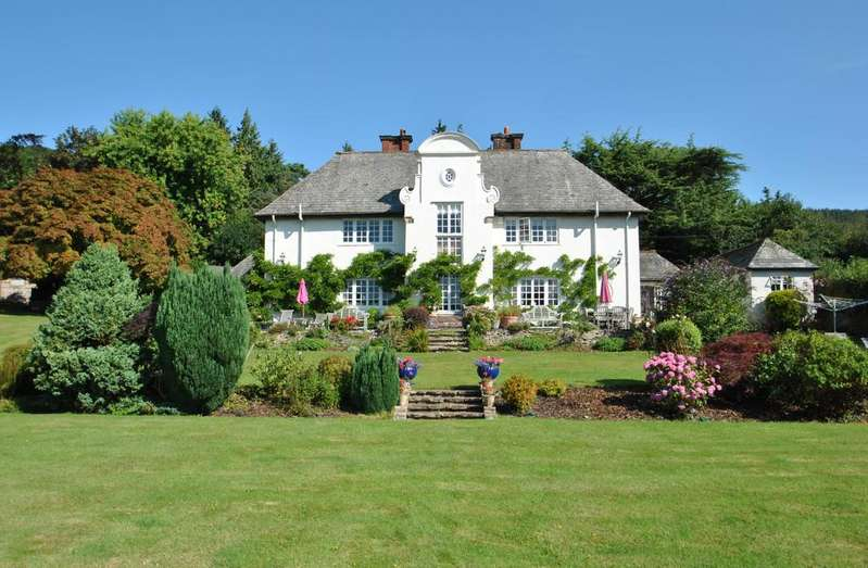 4 Bedrooms Detached House for sale in Wootton Courtenay, Exmoor