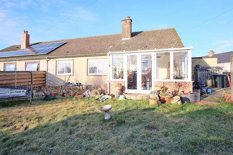 3 Bedrooms Semi Detached Bungalow for sale in 18 Blackadder Crescent, Greenlaw TD10 6XN