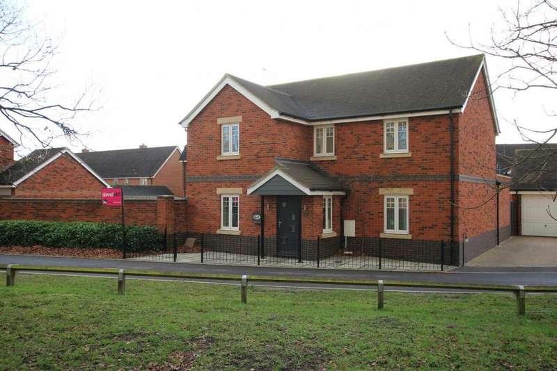 4 Bedrooms Detached House for sale in Libra Crescent, Wokingham, RG40