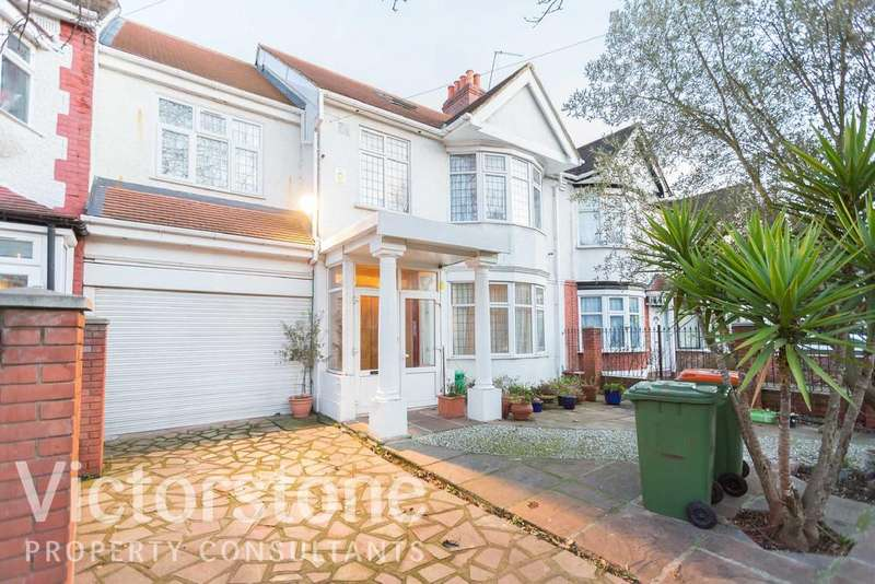 5 Bedrooms Terraced House for sale in Margery Park Road, Forest Gate, E7