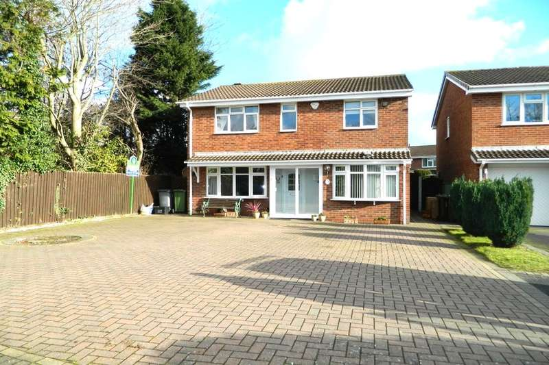 4 Bedrooms Detached House for sale in Springbrook Close, Castle Bromwich, Birmingham, B36