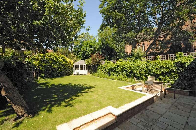 4 Bedrooms Semi Detached House for sale in Aberdeen Park , London N5