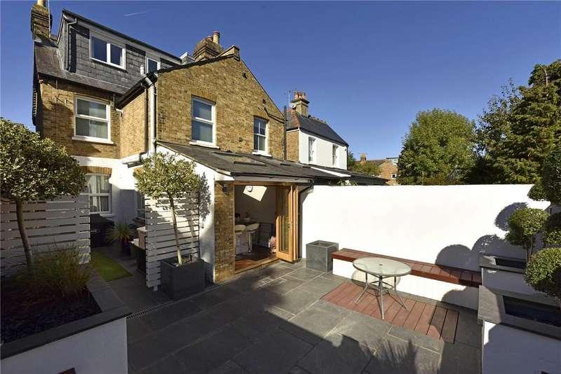 3 Bedrooms Semi Detached House for sale in Bourne Avenue, Windsor, Berkshire, SL4