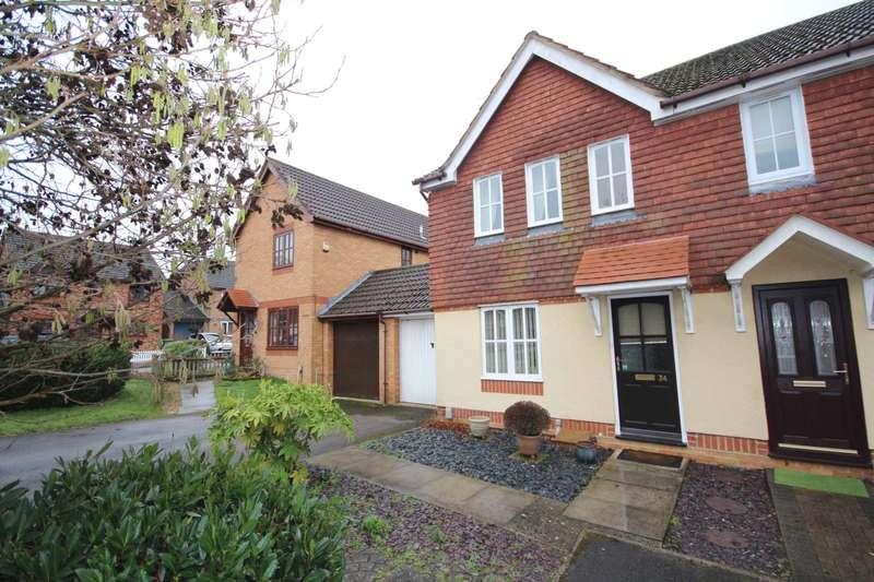 3 Bedrooms Semi Detached House for sale in Hebbecastle Down, Warfield