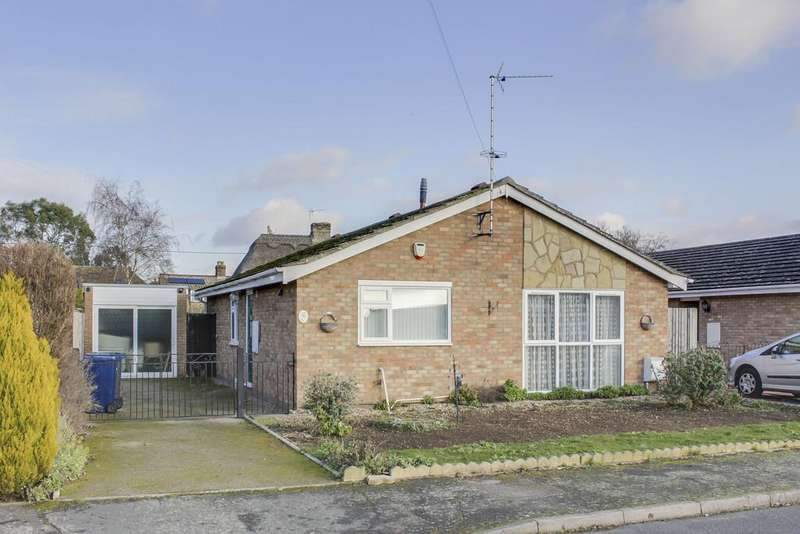 3 Bedrooms Detached Bungalow for sale in Bramley Drive, Offord D'arcy, St. Neots