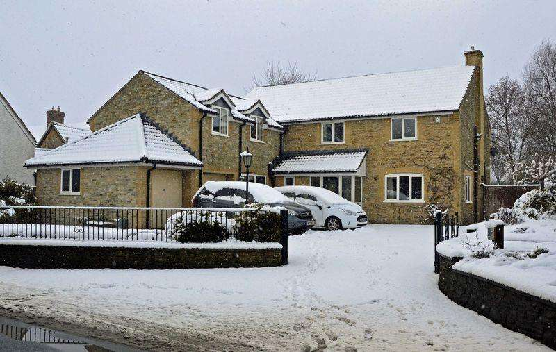 4 Bedrooms Detached House for sale in Lantern Cottage, Clanville, Castle Cary