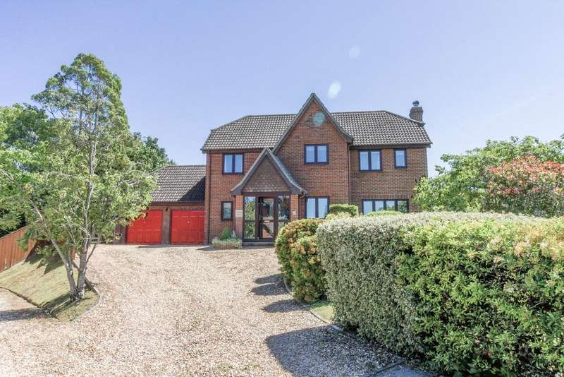 5 Bedrooms House for sale in Picket Piece, Andover, Hampshire SP11